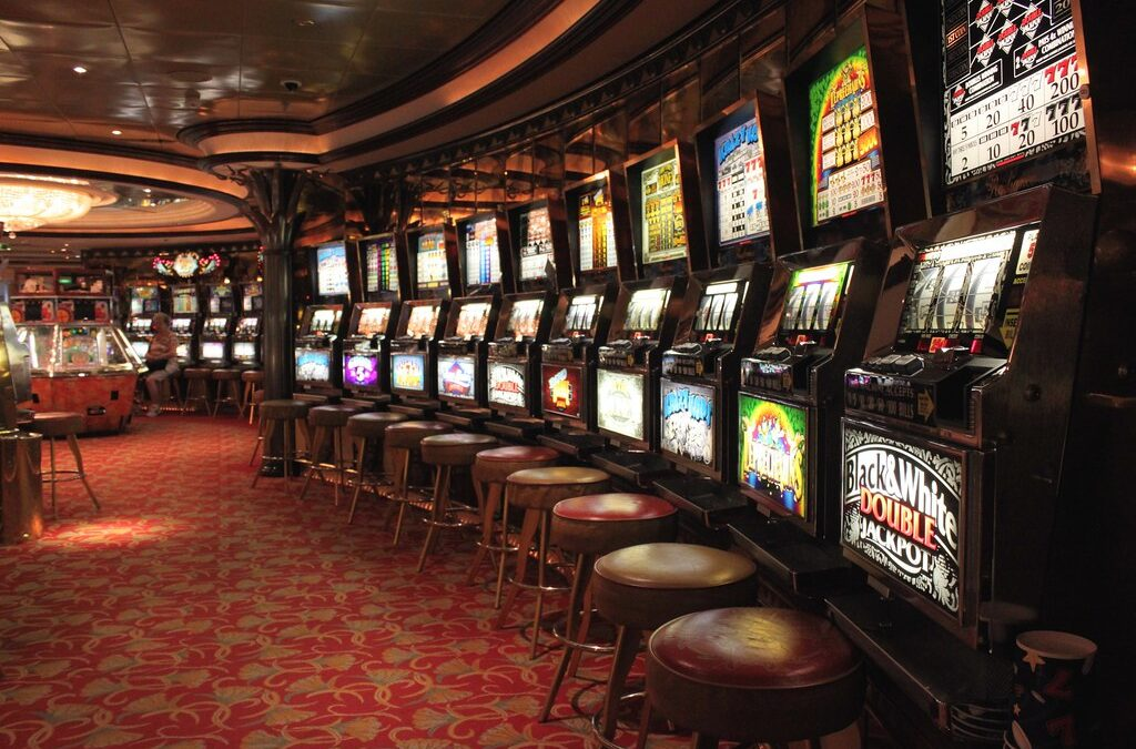 The Importance of Choosing to Play Online Slot Games